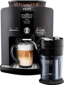 Kávovar na latte a cappuccino nejen pro ni