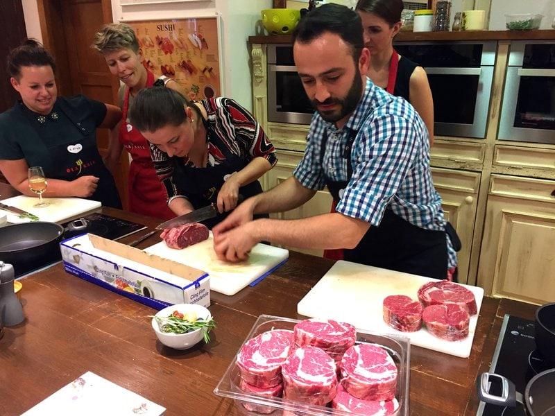 Kurz vaření masa a steaků