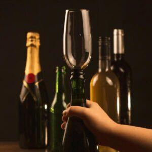 Sklenice na láhev - srandovní dárek