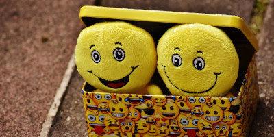 25 tipů na vtipný dárek pro ženy, muže i novomanžele