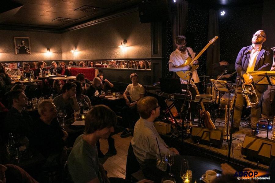 Jazzový koncert s degustací