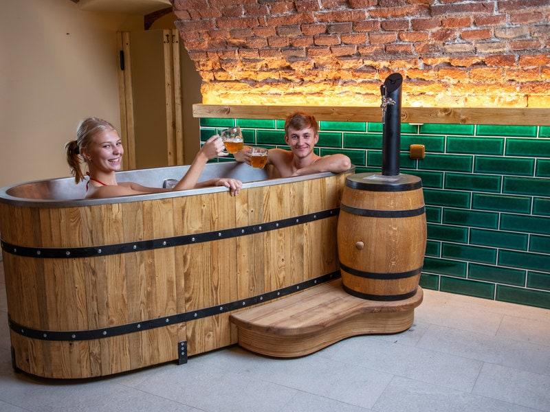 Pivní hotel s pivními lázněmi