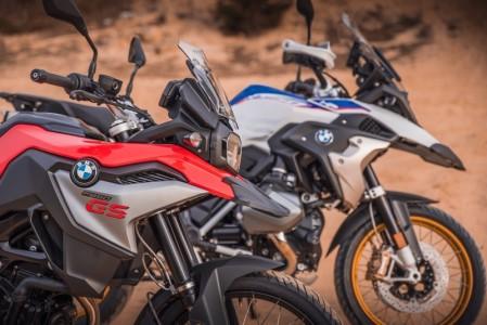 Motorky na závodním okruhu – ideální dárek pro motorkáře