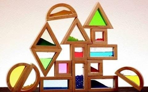 Smyslové kostky ze dřeva – vzdělávací hračka pro malé děti