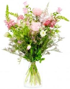 Květina kolegyni vždy potěší – půvabný dárek pro vaši kolegyni
