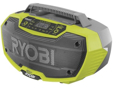 Aku rádio pro lepší náladu v dílně – praktický dárek pro kutily
