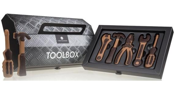 Čokoládový box s nářadím pro mlsného kutila – sladký dárek pro kutila mlsouna