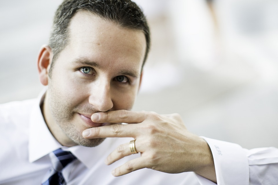 Snubní prsten - proč ho muži nenosí